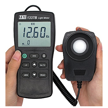 TES TES-1337 Light Meter